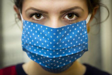 Snapchat aplikuje prevenci proti koronaviru do praxe