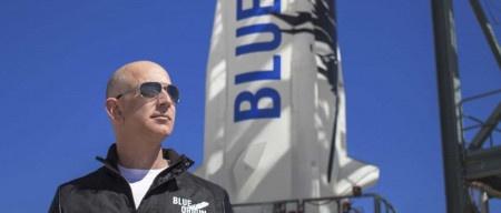 Jeff Bezos rozprodává akcie Amazonu, svou pozornost upíná na vesmírný turismus