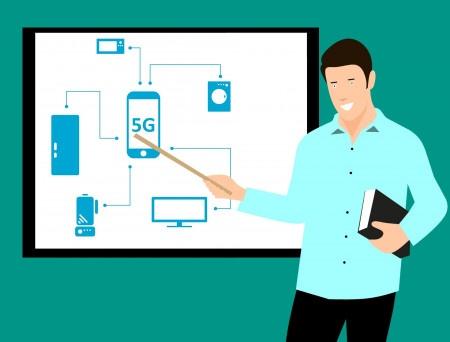 Telekomunikační úřad tají, kdo žádá o 5G síť