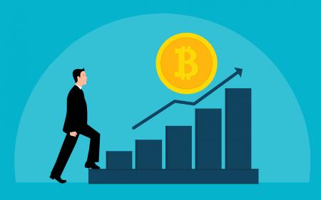 Bitcoin je na vzestupu, dosáhne rekordu nebo krachne?