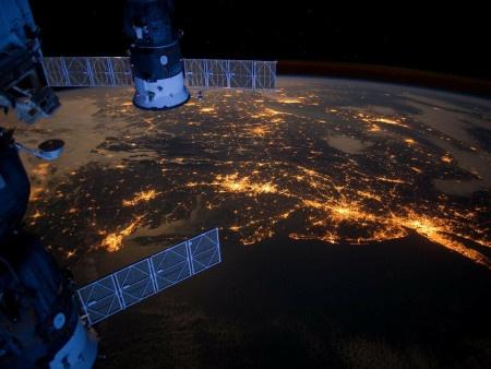 Česko přispěje na vesmírné popeláře, zaslouží se o čistější vesmír
