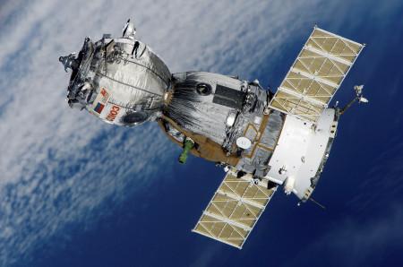 SpaceX pošle do vesmíru nejmladší Američanku s protézou, vše zaplatí miliardář