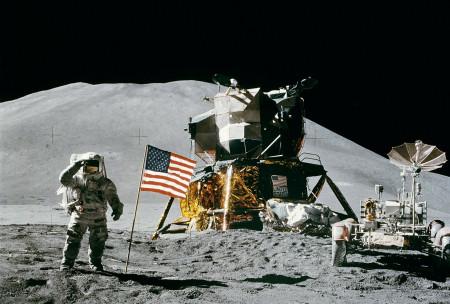 NASA pověřila Elona přípravou vesmírné stanice na Měsíci