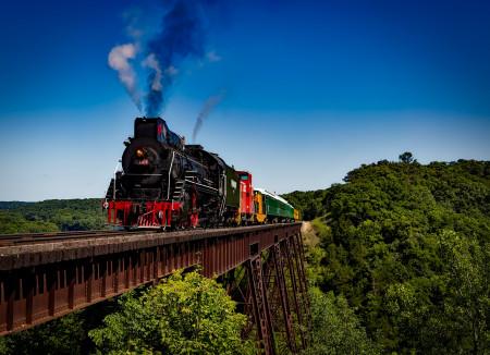 Na české železnice vyjede až 160 luxusních vlaků za několik miliard