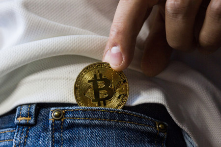 Za Bitcoin se nově postavily i nejstarší Švýcarské banky, důvěra v něj roste