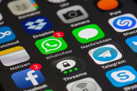 WhatsApp láká uživatele zpět na větší bezpečnost – zálohy budou zaheslované