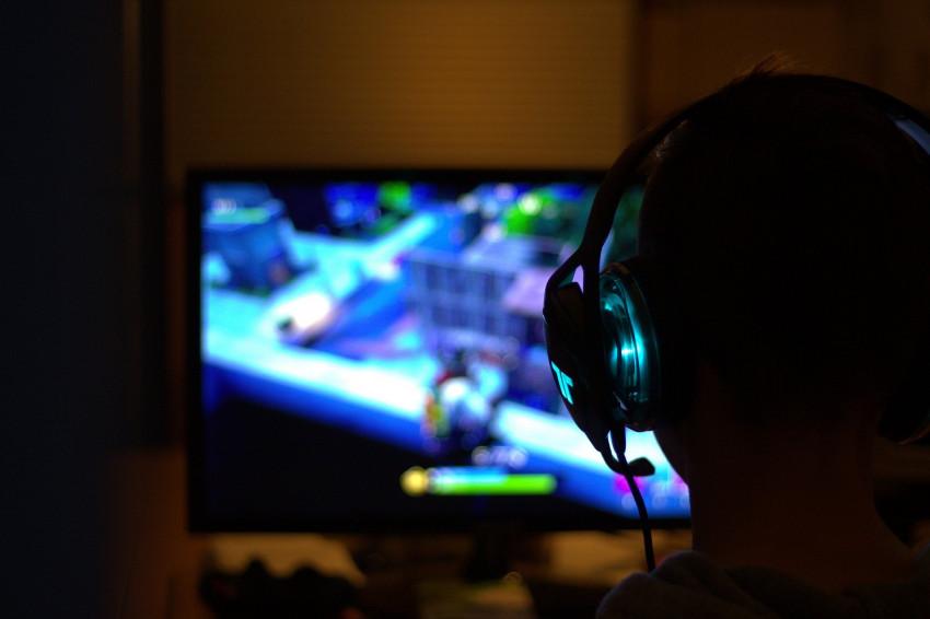 Obtížné pasáže hry za nás udělá umělá inteligence, Sony představilo nový patent
