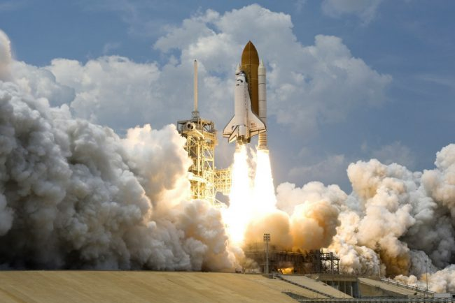 Čínská raketa mohla při pádu ohrozit i New York. NASA zuří.
