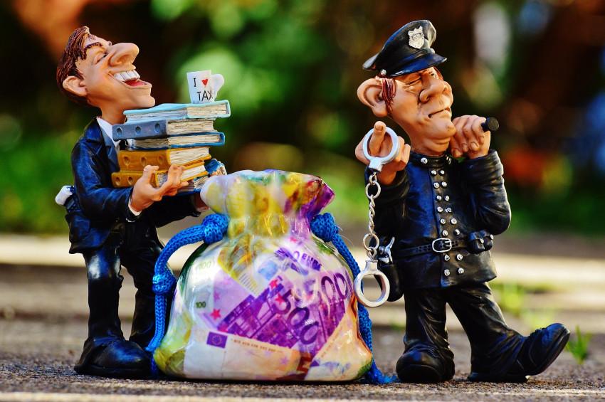 Máte zaplacenou daň z příjmů z kryptoměn? Český finanční úřad vás může poslat před soud.