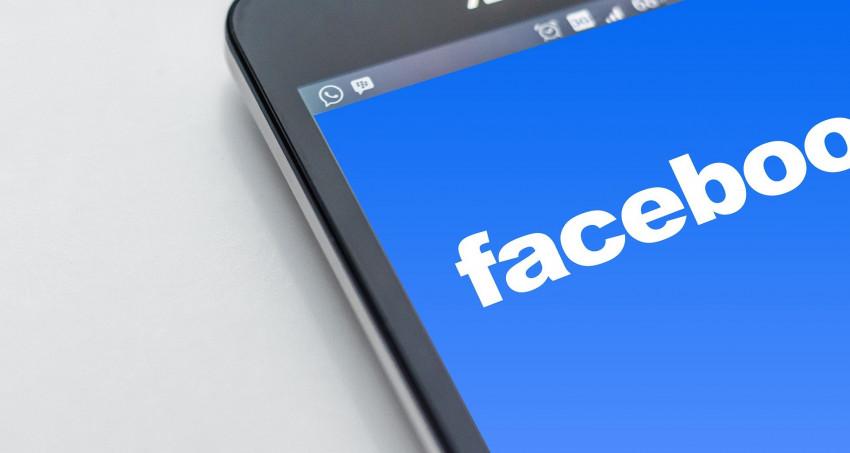 Facebook prokazatelně způsobuje kopřivku a vyrážku, koho se to týká?
