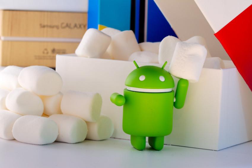 Se svým telefonem se možná nepřihlásíte ani k emailu. Podpora starého Androidu končí.