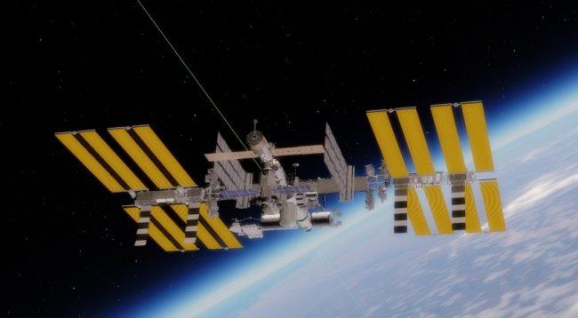 Na ISS je spuštěn požární poplach a objevil se kouř, co se děje?