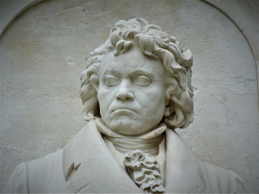 Místo Beethovena dokončila Desátou symfonii umělá inteligence, výsledek překvapí