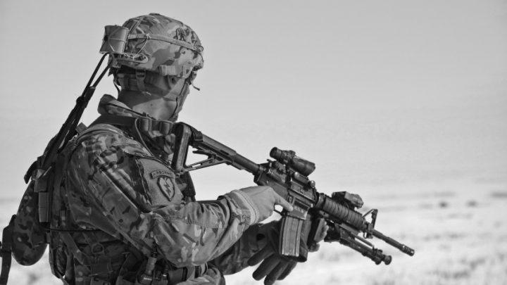 Pentagon odložil nasazení HoloLens, zakázku za 480 miliard řeší etická komise